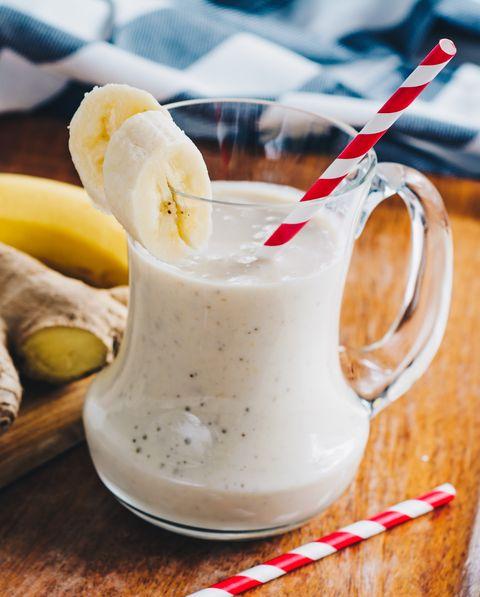 שייק ג'ינג'ר בננה למערכת עיכול בריאה
